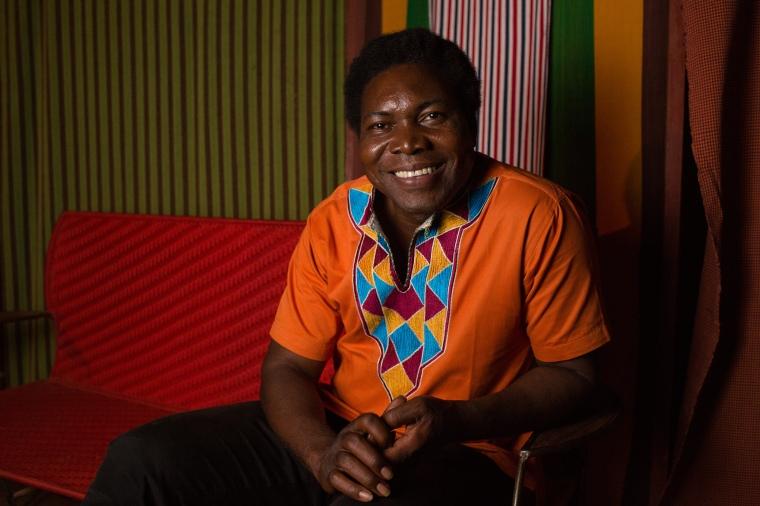 Etienne Minoungou, comédien, dramaturge et directeur des Récréatrales.